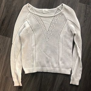 Knit long-sleeved top
